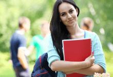 6 أشياء لا غنى عنها في حقيبتك الجامعية