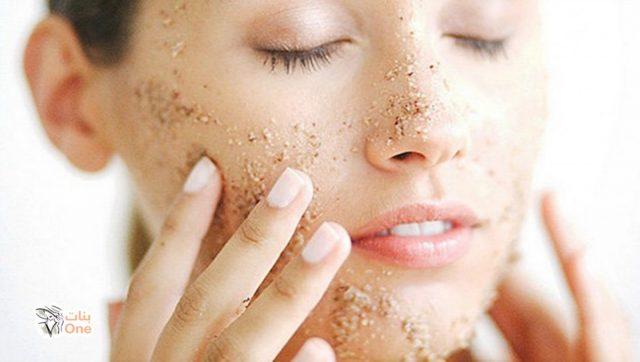 طرق إزالة الجلد الميت من الوجه