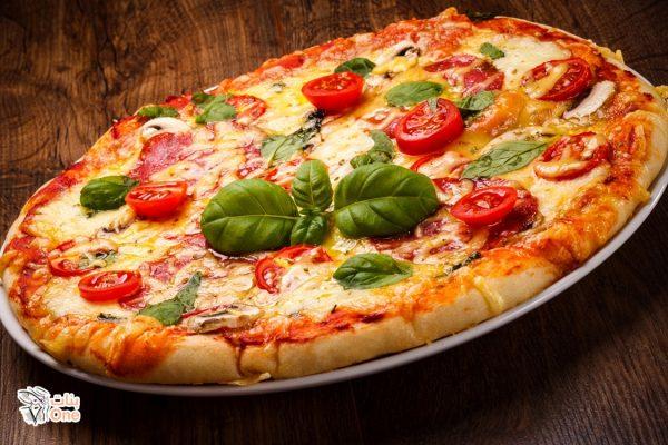اسهل طريقه لعمل البيتزا