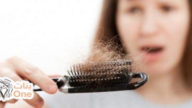 كيفية علاج تساقط الشعر وتكثيفه
