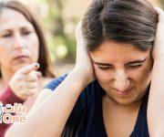 طرق التعامل مع المراهقات