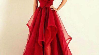 فستان سواريه احمر لإطلاله ساحرة بلون مميز