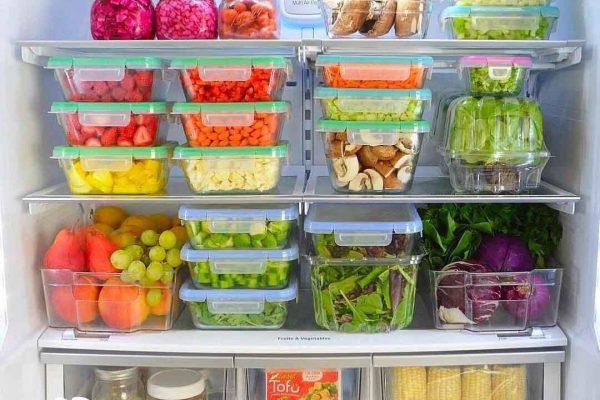 كيفية تنظيف الثلاجة وترتيبها