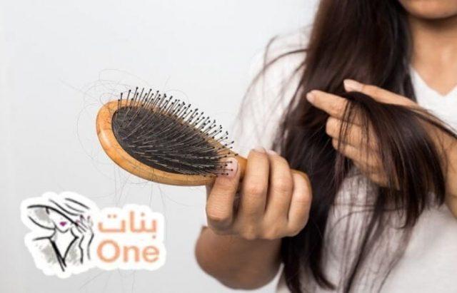 لماذا يتساقط الشعر من الجذور