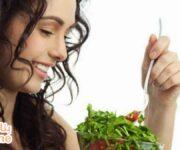 أهم أطعمة تساعد على نمو الشعر