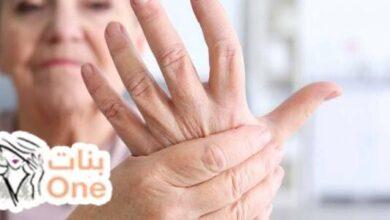 ما أسباب رعشة اليد المتكررة